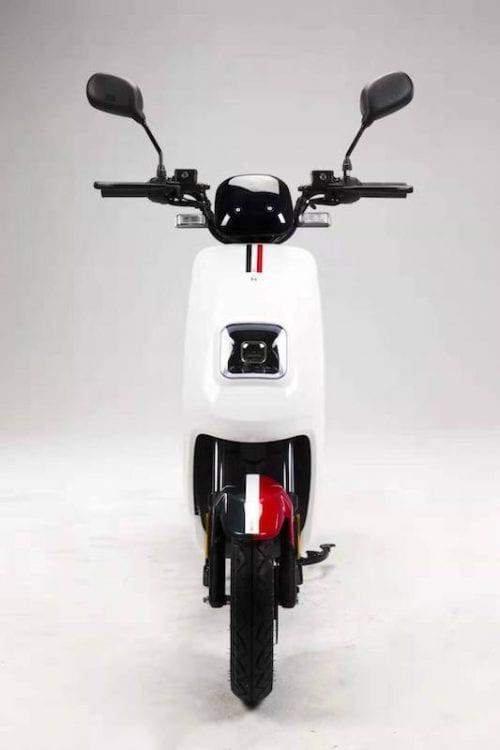 Moto Eléctrica Italica frontal